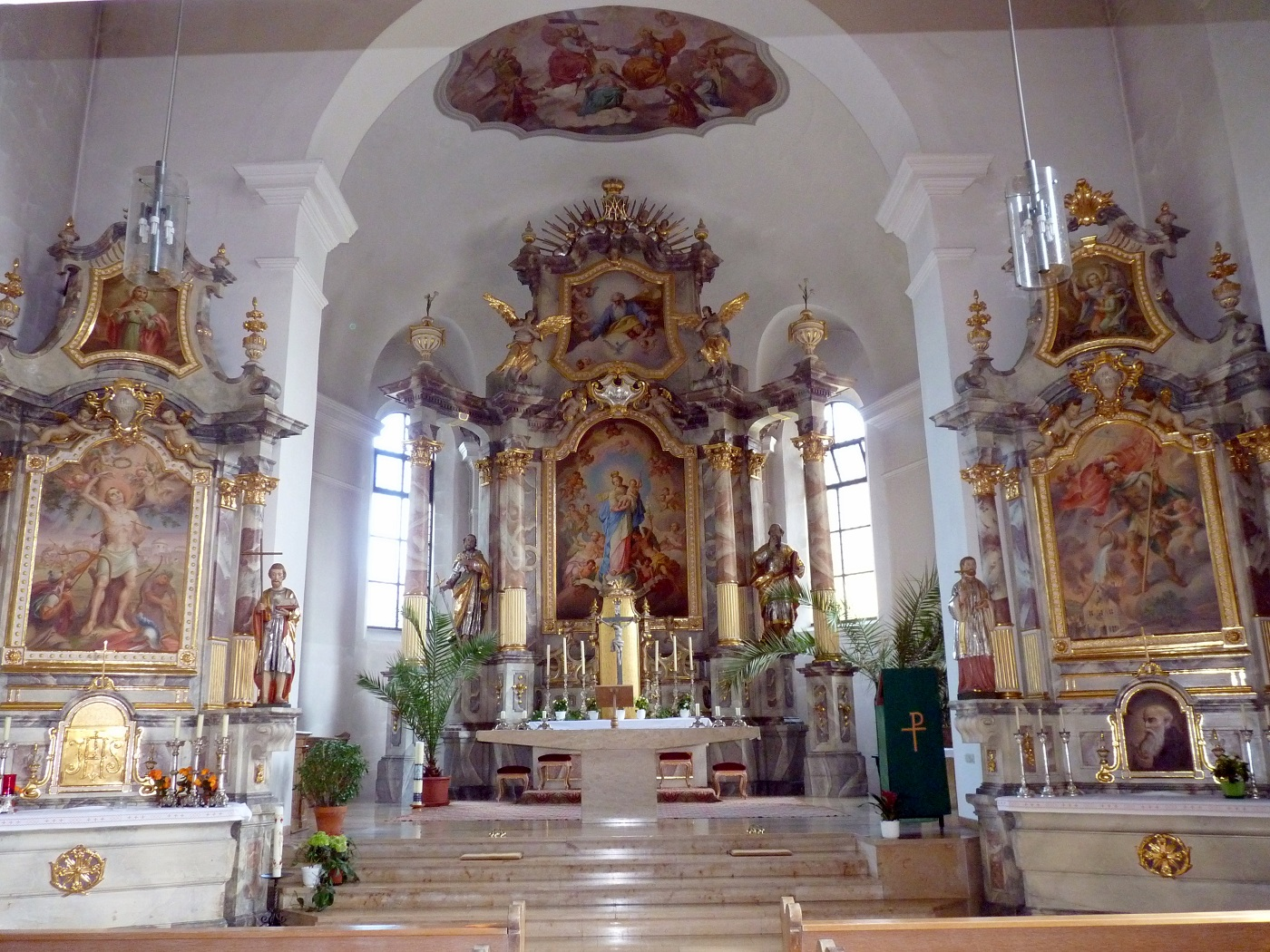 Spätbarocker, ursprünglich gotischer Chor der alten Kirche Nittenau